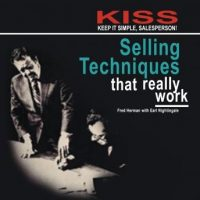 kiss-keep-it-simple-salesperson-selling-techniques-that-really-work.jpg